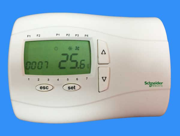 Nastennyj-termoregulyator-s-podsvetkoj-(Pul't-upravleniya-M171)-TM171DWAL2L.jpg